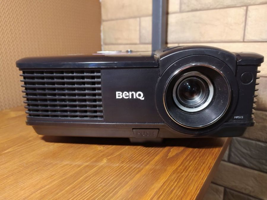 Проектор BenQ MP515