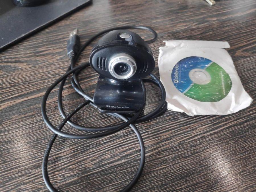 Веб камера Defender G-Lens 323-i